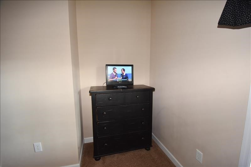 Twin Bedroom TV