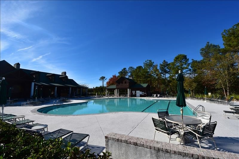 Resident's Pool