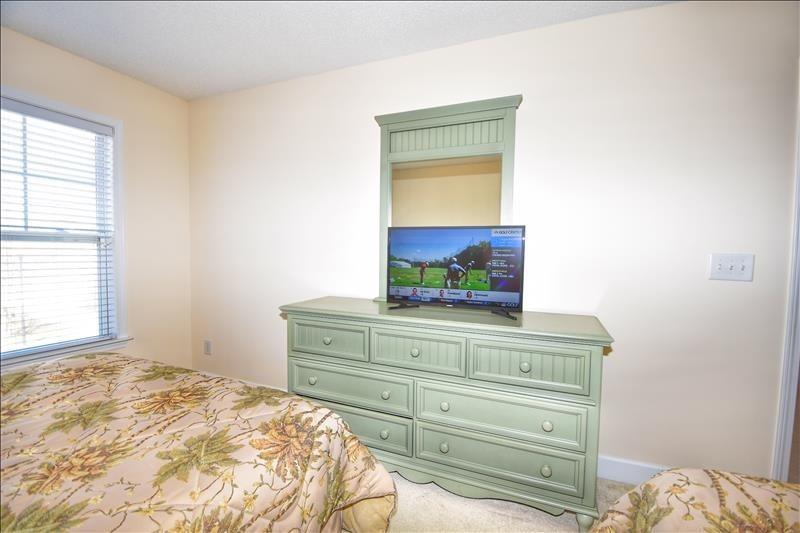 Double Queen Bedroom TV